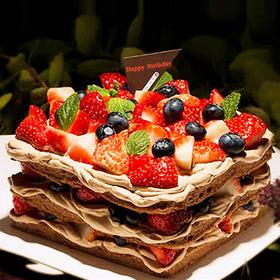 鸿运当头 | 巧克力草莓裸蛋糕