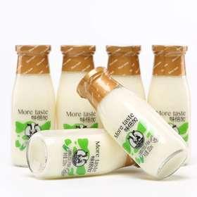 味倍加乳酸菌发酵玻璃瓶装原味和芦荟味酸奶饮品