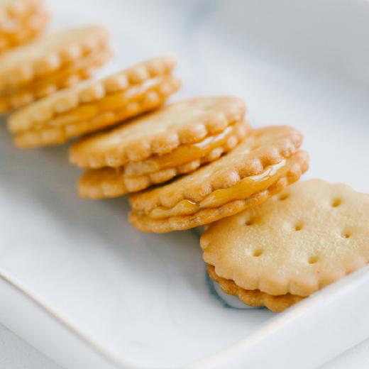 【积分加价购】[咸蛋黄夹心小饼干] 咸蛋黄含量12%  三袋装 商品图2