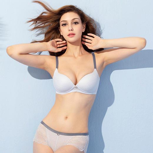 美国 Wonderbra 聚拢文胸!米兰达•可儿爱穿的bra!无钢圈聚拢,轻薄透气! 商品图9