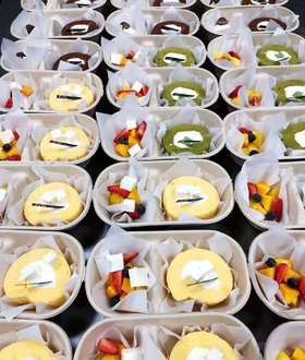 (企业)原味蛋糕卷水果盒子