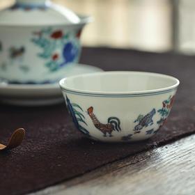 蓝和白 手绘成化斗彩鸡缸杯