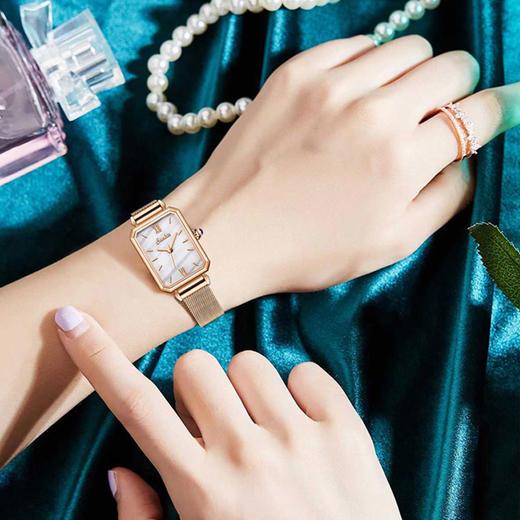 【限时赠手镯1枚】「年度星品 小绿表」SUNKTA森系细带孔雀石幸运小绿表日本进口机芯女士ins风轻奢复古小方盘手表 商品图12